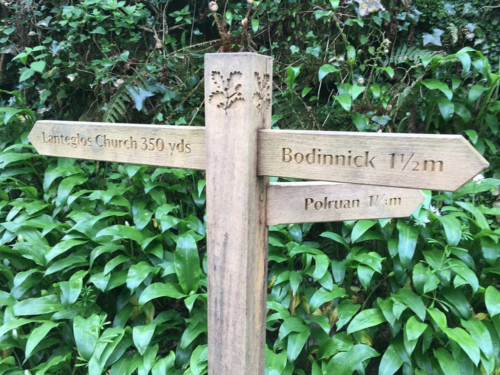 Fowey Hall Walk Fingerpost