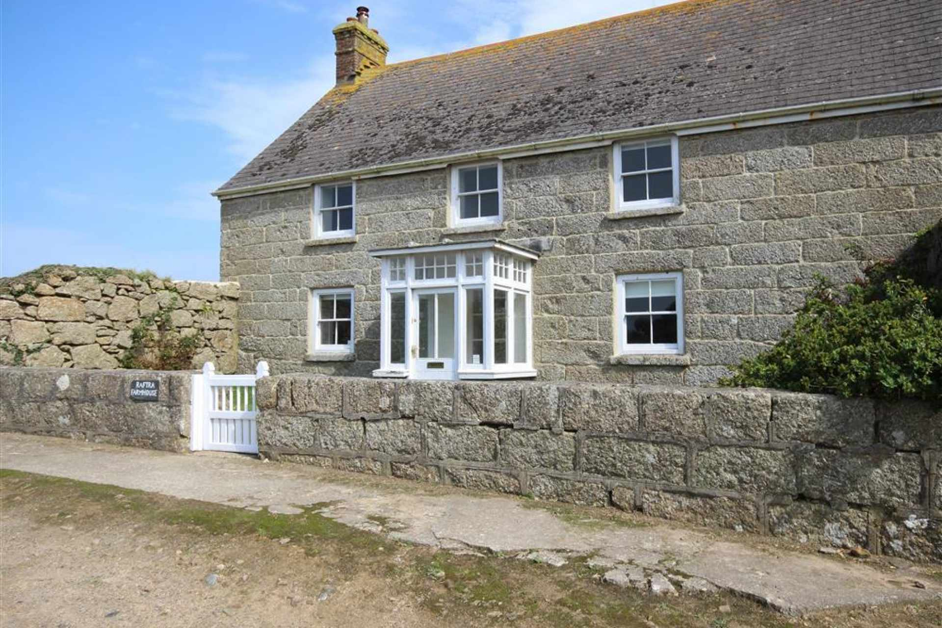 Raftra Farmhouse in Porthcurno sleeps 8-12 guests and is available for your holiday